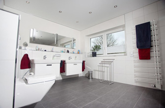 Badkamerplafonds – Aluminium en MDF plafonds voor in je badkamer